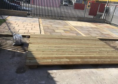 Patio display for Builders merchants (2)